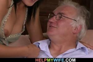 juvenile dark brown wife gets banged by a stranger