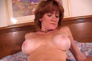 sexy mother getting wang to engulf and fuck