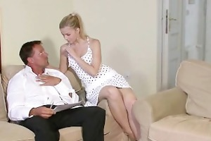 he is finds his sexy gf with his daddy