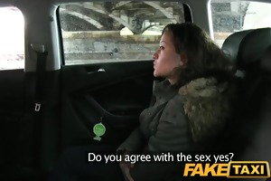 faketaxi 18 years old and sucking taxi pecker