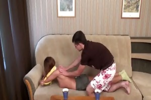 honey is pounded in doggie