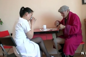 diminutive oriental whore doing a french old dude