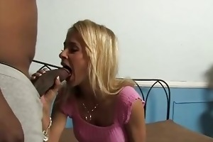 pretty mother acquires laid by a dark boy